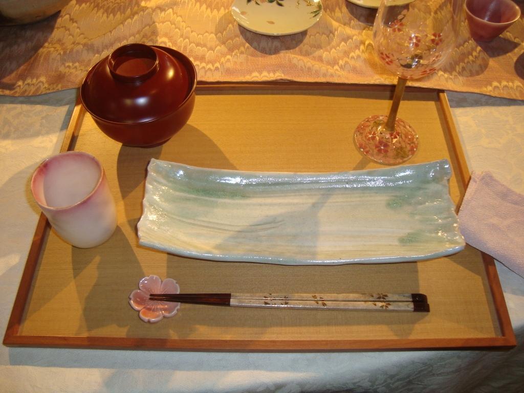 春のテーブル2.JPG