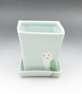 植木鉢(穴有).JPG