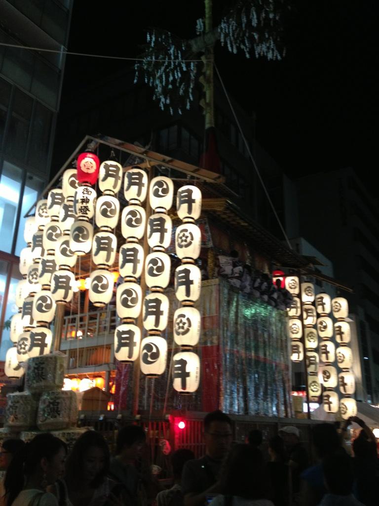 祇園祭り月鉾.jpg