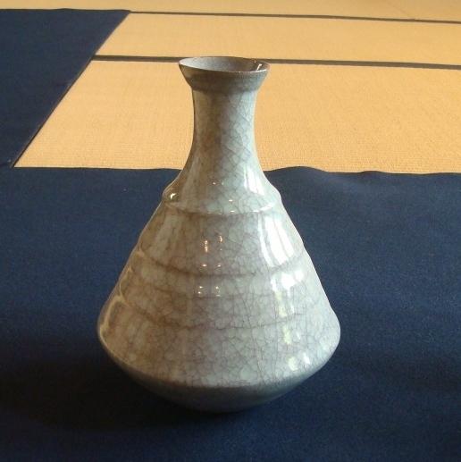 粉青花瓶15.JPG